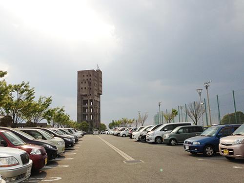 志免竪坑前の駐車場